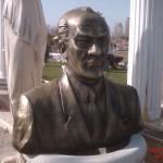 Atatürk Büst Gövde