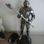 Küçük Şövalye Heykeli