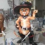 Çizmeli Kedi Heykeli