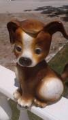 Küçük Köpek Heykeli