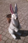 Sepetli Tavşan Heykeli